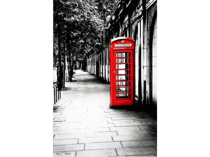 London Calling - Red Telephone Box the artwork factory